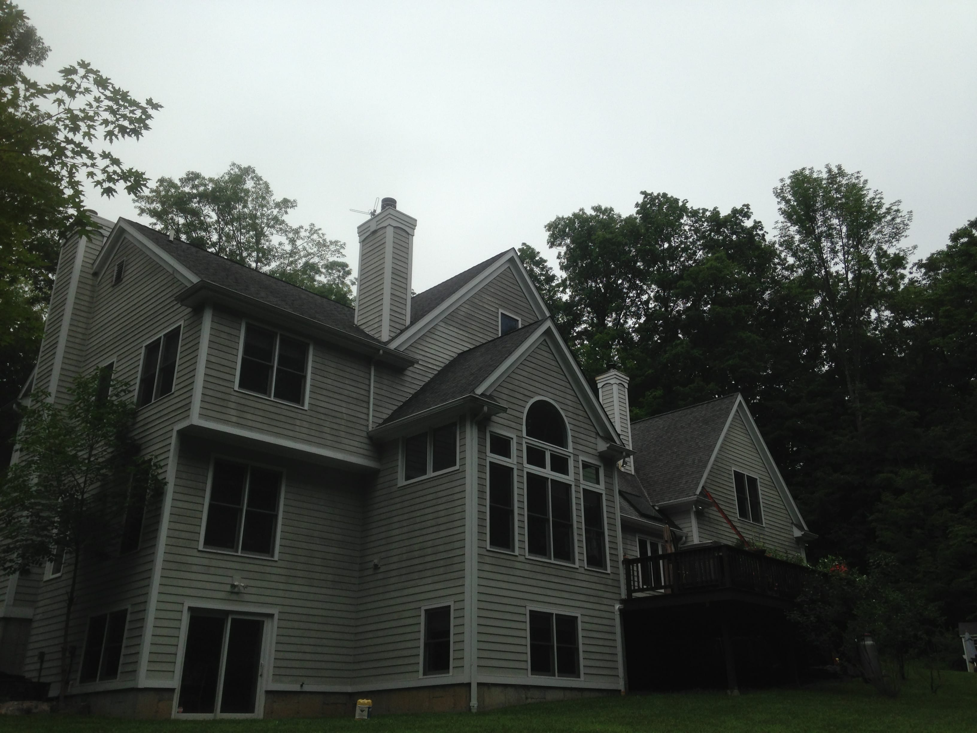 slate, tile, asphalt roof washing, pressure cleaning, Hawthorne soft roof washing, chappaqua roof cleaning, residential house cleaning, home exterior, roof cleaning, katonah, rye, armonk, westchester power washing