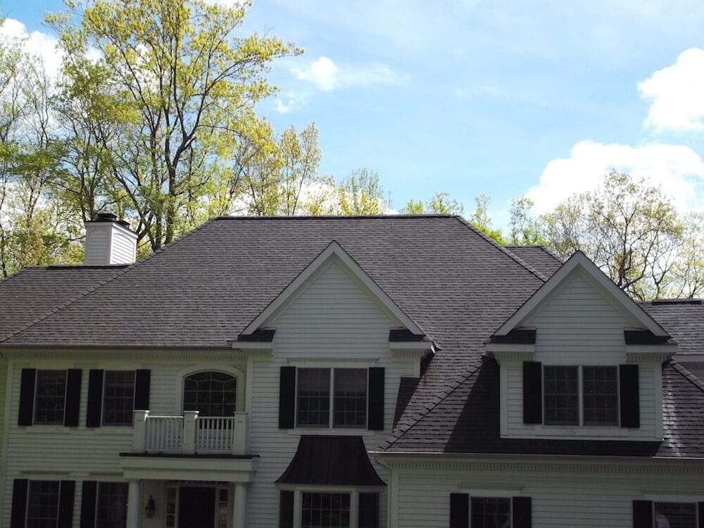 pleasantville, Large victorian house cleaned by Westchester Powerwashing, scarsdale roof washing